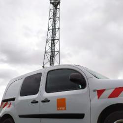 NUMERIQUE   A l'heure de la fibre, la 4G arrive seulement dans certaines communes rurales. Exemple &