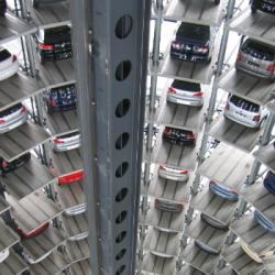 ECONOMIE   Le Gouvernement lance un plan de soutien massif au secteur automobile